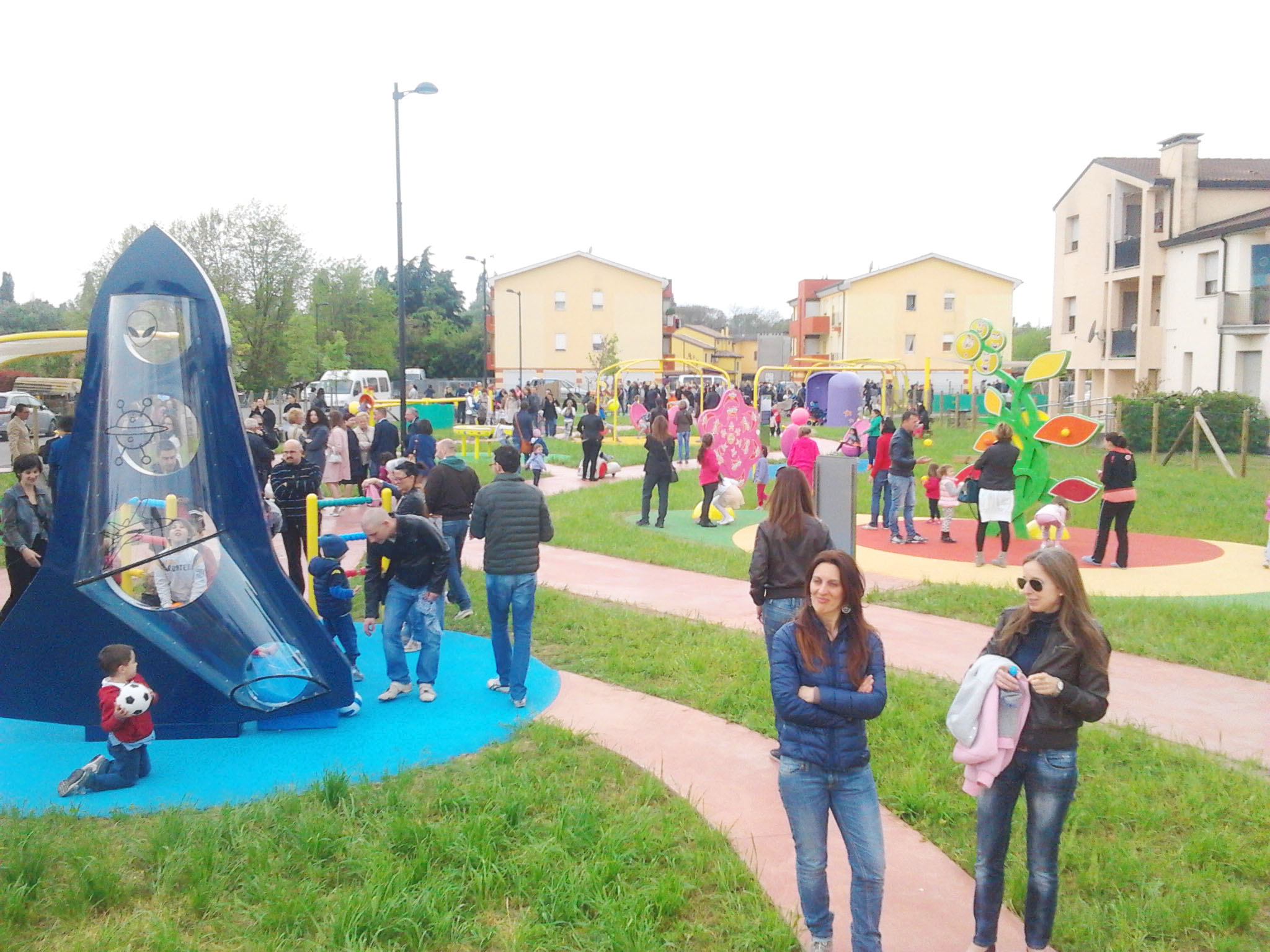 PARCHI INCLUSIVI: Waterproofing e Inclusive Play Solutions